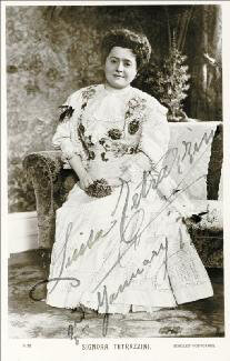 LUISA TETRAZZINI - PRINTED PHOTOGRAPH SIGNED IN INK 01/03/1926