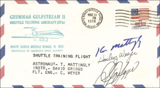 REAR ADMIRAL KEN MATTINGLY II - COMMEMORATIVE ENVELOPE SIGNED CO-SIGNED BY: S. DAVID GRIGGS, HARLEY WEYER