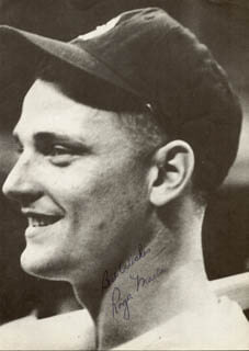 ROGER MARIS - MAGAZINE PHOTOGRAPH SIGNED