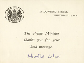 Autographs: PRIME MINISTER HAROLD WILSON (GREAT BRITAIN) - PRINTED CARD SIGNED IN INK