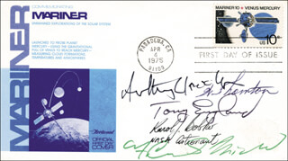 Autographs: COLONEL KAROL J. BOBKO - FIRST DAY COVER SIGNED CO-SIGNED BY: ANTHONY ENGLAND, JOHN ANTHONY LLEWELLYN, F. CURTIS MICHEL, WILLIAM E. THORNTON