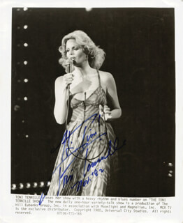 CAPTAIN & TENNILLE (TONI TENNILLE) - AUTOGRAPHED INSCRIBED PHOTOGRAPH 11/1982