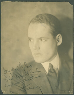 HENRY HULL - AUTOGRAPHED SIGNED PHOTOGRAPH