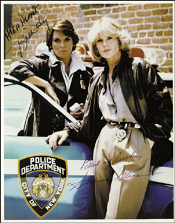 CAGNEY & LACEY TV CAST - AUTOGRAPHED SIGNED PHOTOGRAPH CO-SIGNED BY: SHARON GLESS, TYNE DALY - HFSID 55081