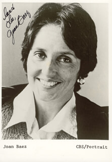 JOAN BAEZ - AUTOGRAPHED INSCRIBED PHOTOGRAPH