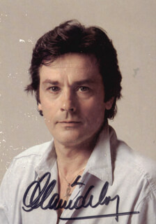 Autographs: ALAIN DELON - PICTURE POST CARD SIGNED