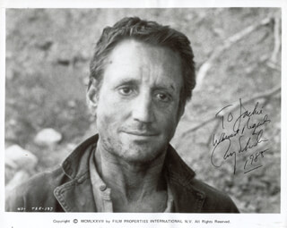 ROY SCHEIDER - AUTOGRAPHED INSCRIBED PHOTOGRAPH 1985