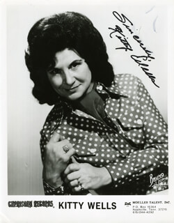 KITTY WELLS - AUTOGRAPHED SIGNED PHOTOGRAPH