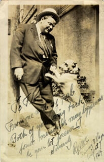 Autographs: ROSCOE FATTY ARBUCKLE - INSCRIBED PICTURE POSTCARD SIGNED 08/07/1924