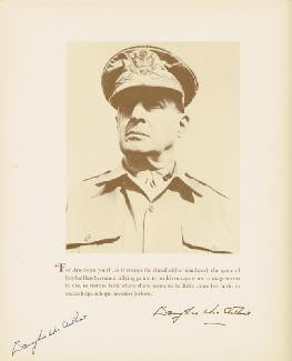 GENERAL DOUGLAS MACARTHUR - PROGRAM SIGNED CIRCA 1959
