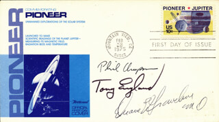 Autographs: ANTHONY ENGLAND - COMMEMORATIVE ENVELOPE SIGNED CO-SIGNED BY: PHILIP K. CHAPMAN, COLONEL DUANE E. GRAVELINE