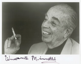 VINCENTE MINNELLI - AUTOGRAPHED SIGNED PHOTOGRAPH