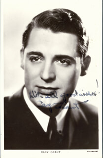 CARY GRANT - PICTURE POST CARD SIGNED