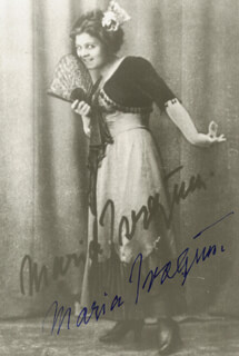 MARIA IVOGUN - AUTOGRAPHED SIGNED PHOTOGRAPH