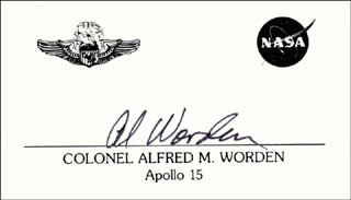 Autographs: COLONEL ALFRED M. WORDEN - CALLING CARD SIGNED