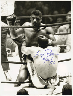 FLOYD PATTERSON - AUTOGRAPHED SIGNED PHOTOGRAPH 05/26/1972