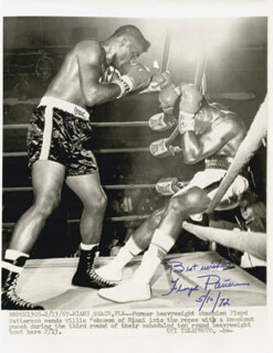 FLOYD PATTERSON - AUTOGRAPHED SIGNED PHOTOGRAPH 05/10/1972