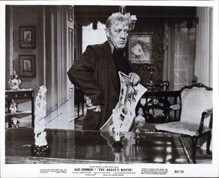 SIR ALEC GUINNESS - AUTOGRAPHED SIGNED PHOTOGRAPH