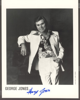 GEORGE JONES - AUTOGRAPHED SIGNED PHOTOGRAPH