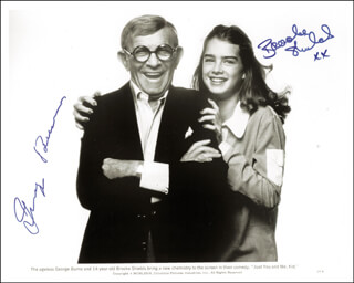JUST YOU AND ME KID MOVIE CAST - AUTOGRAPHED SIGNED PHOTOGRAPH CO-SIGNED BY: GEORGE BURNS, BROOKE SHIELDS