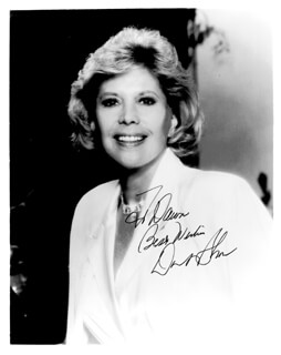 DINAH SHORE - AUTOGRAPHED INSCRIBED PHOTOGRAPH