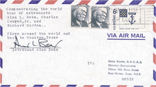Autographs: CAPTAIN ALAN L. BEAN - COMMEMORATIVE ENVELOPE SIGNED