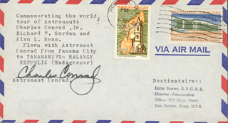 CAPTAIN CHARLES PETE CONRAD JR. - COMMEMORATIVE ENVELOPE SIGNED