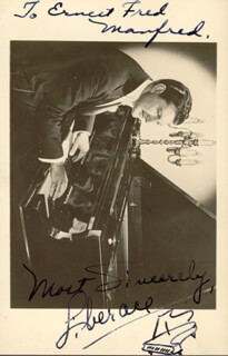 LIBERACE - INSCRIBED PICTURE POSTCARD SIGNED