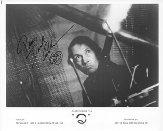 DAVID CARRADINE - AUTOGRAPHED SIGNED PHOTOGRAPH