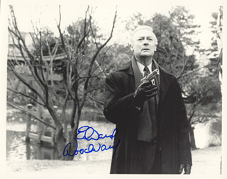 EDWARD WOODWARD - AUTOGRAPHED SIGNED PHOTOGRAPH