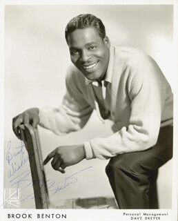 BROOK BENTON - AUTOGRAPHED INSCRIBED PHOTOGRAPH  - HFSID 78960