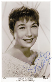 SHIRLEY MacLAINE - PICTURE POST CARD SIGNED