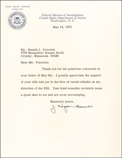 J. EDGAR HOOVER - TYPED LETTER SIGNED 05/14/1971  - HFSID 82313