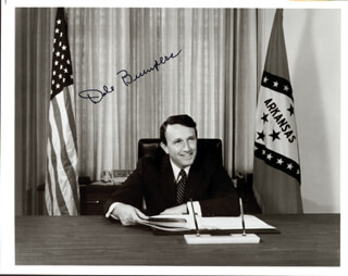 GOVERNOR DALE BUMPERS - AUTOGRAPHED SIGNED PHOTOGRAPH