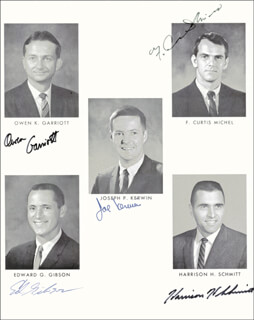 HARRISON JACK SCHMITT - AUTOGRAPHED SIGNED PHOTOGRAPH CO-SIGNED BY: CAPTAIN JOSEPH KERWIN, F. CURTIS MICHEL, EDWARD G. GIBSON, OWEN K. GARRIOTT