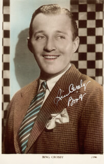 Autographs: BING CROSBY - PICTURE POST CARD SIGNED