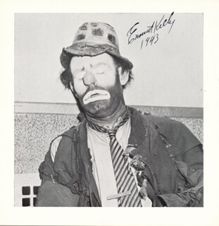 EMMETT KELLY SR. - AUTOGRAPHED SIGNED PHOTOGRAPH 1943