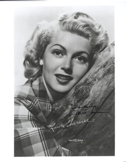 LANA TURNER - AUTOGRAPHED SIGNED PHOTOGRAPH