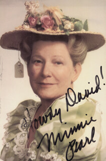 MINNIE PEARL - INSCRIBED PICTURE POSTCARD SIGNED