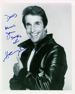 HENRY THE FONZ WINKLER - AUTOGRAPHED INSCRIBED PHOTOGRAPH 1985