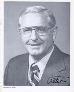 Autographs: GOVERNOR VICTOR G. ATIYEH - PHOTOGRAPH SIGNED