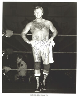 Autographs: NICK BOCKWINKEL - INSCRIBED PHOTOGRAPH SIGNED