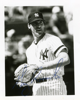 GARY ROENICKE - AUTOGRAPHED SIGNED PHOTOGRAPH