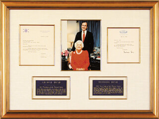 Autographs: PRESIDENT GEORGE HERBERT WALKER BUSH - COLLECTION CO-SIGNED BY: BARBARA PIERCE BUSH